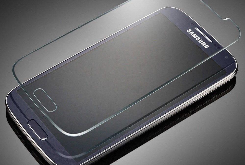 Какие разновидности защитных стекол для смартфонов существуют?